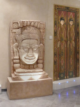 Doors, sculptures and murals from Thailand and Bali